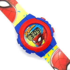 Zegarek naręczny ze Spidermanem